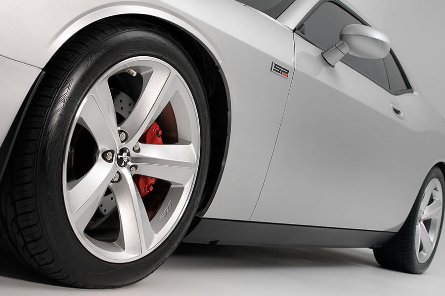 2010 Dodge Challenger SRT8 Wheel